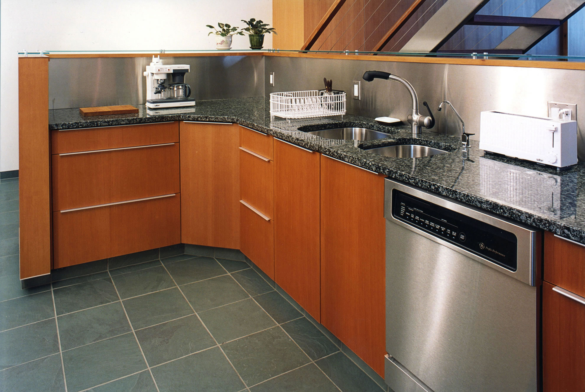 Cabinets at Meteek Supply